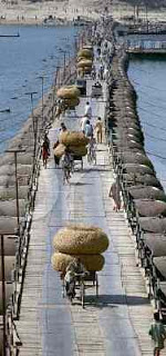 Bridge-on-Ganges